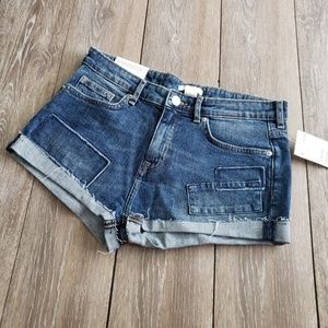 H&M hotpants patched distressed cutoffs size6
